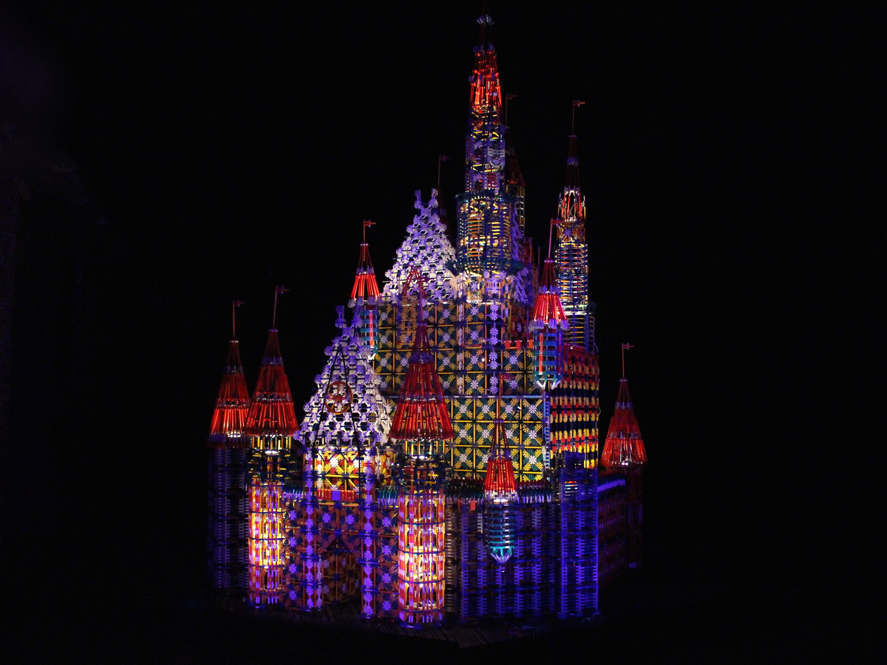 The castle in it's final lighting state