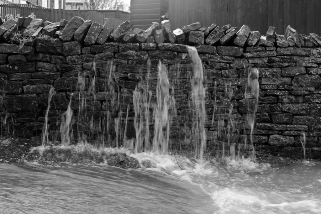 A very strange waterfall