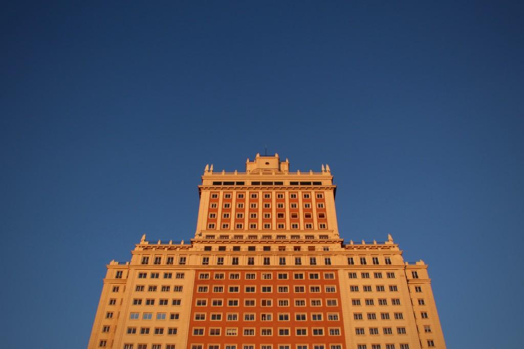 The Edificio de España on my way to work