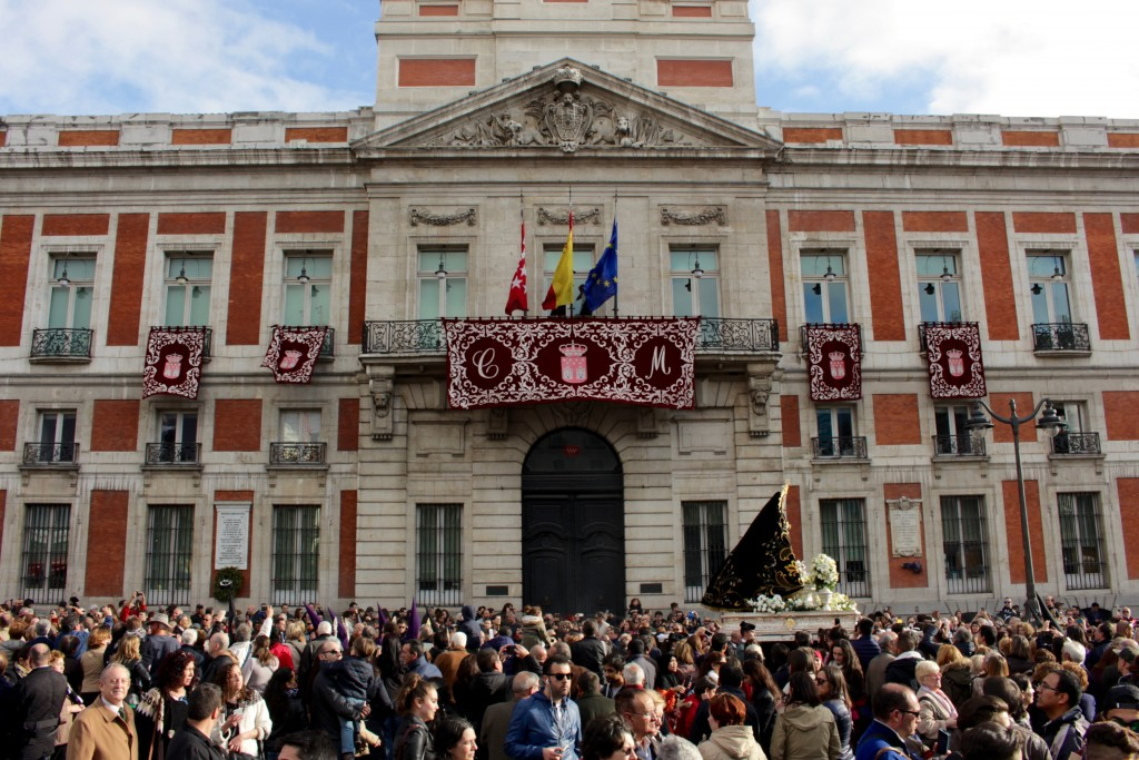 A parade moves past the centre of Madrid