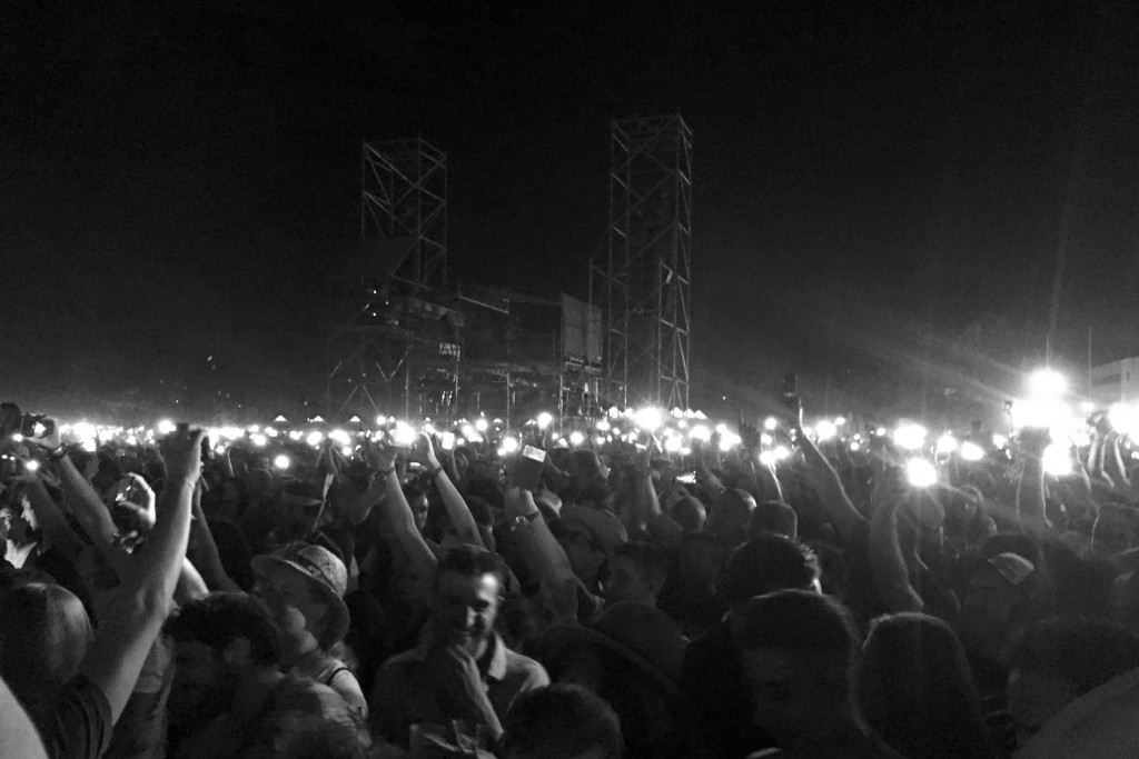 Lighters (i.e. iPhones) out