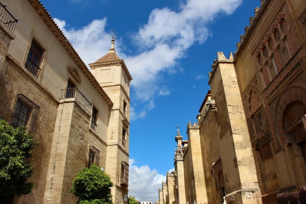 Up a Córdoba street