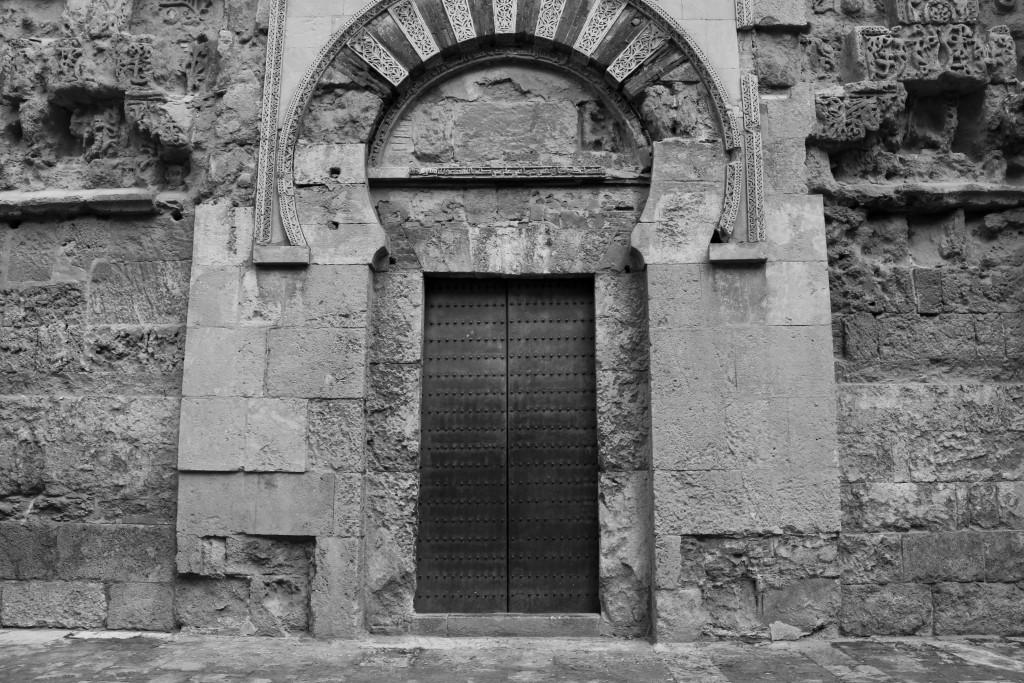 A door of La Mezquita