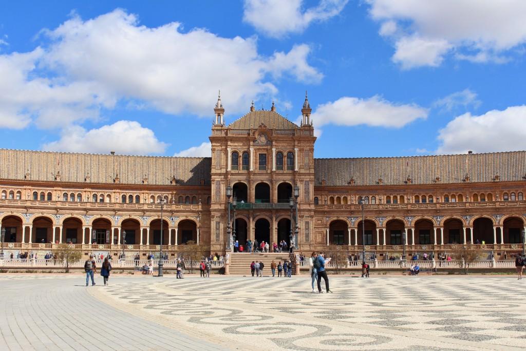 The centre of the Plaza de España