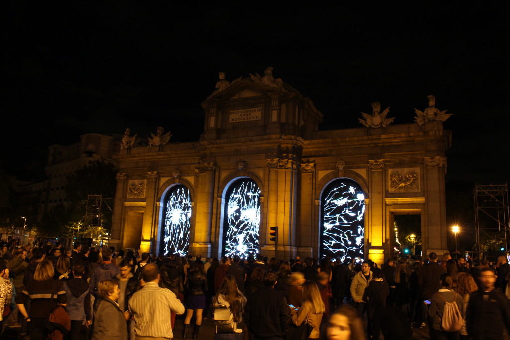 Screens in the Puerta de Alcalá