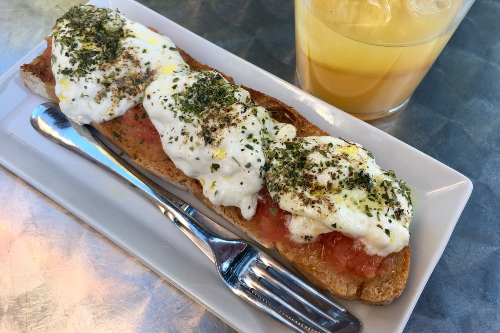Bruschetta style toasts in La Latina