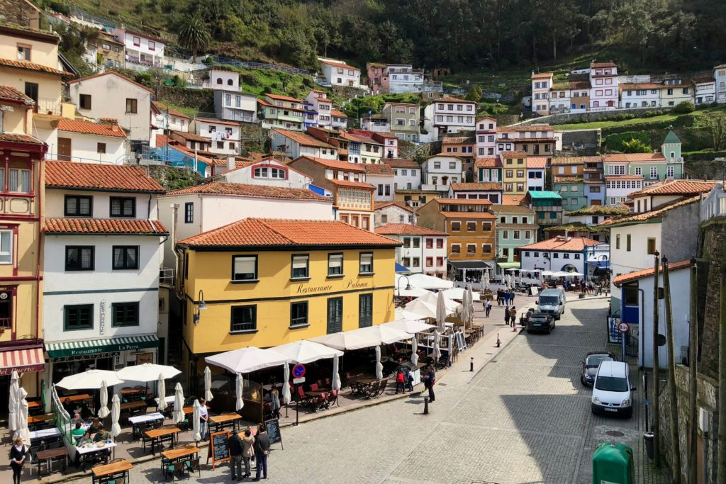 Looking into Cudillero