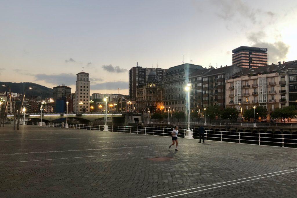 Darkness falls on Bilbao