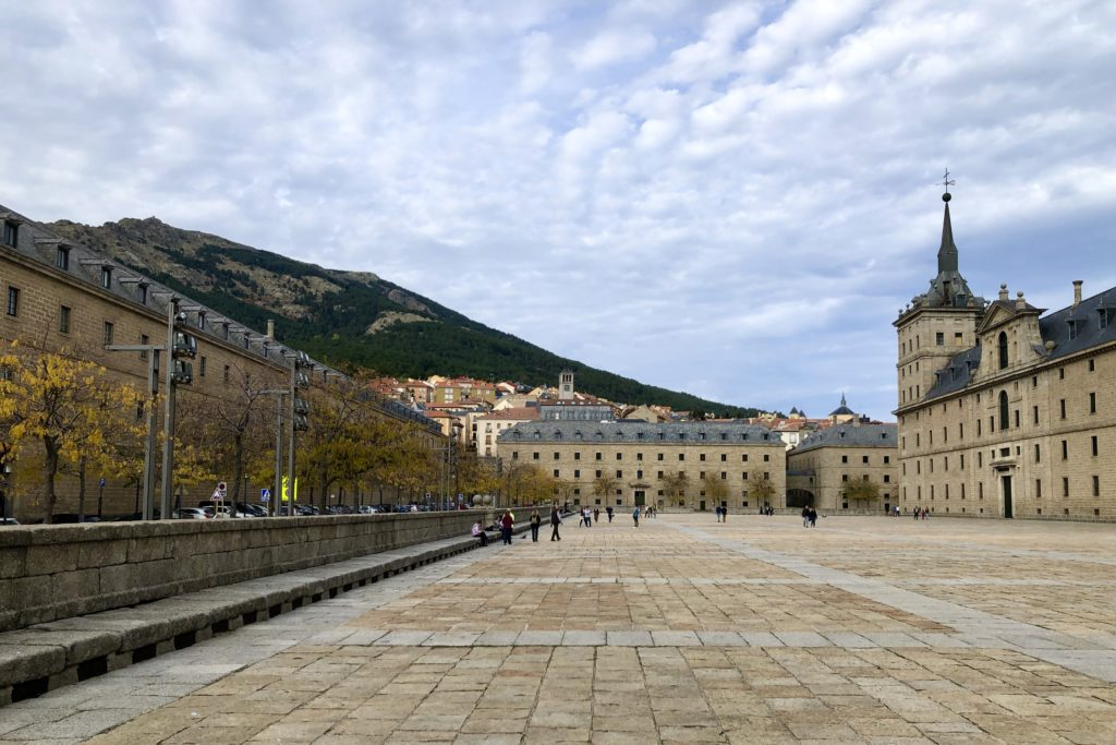 Looking over the courtyard of the monastery in El Escorial.